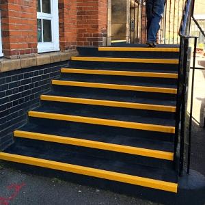 ClearSafe Grit lépcső elem